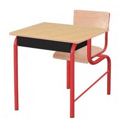 Table monoplace. Indiquer le côté de la sortie (droite ou gauche pour l'élève)