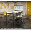 Table haute CREO4, adossé au module multimédia.
